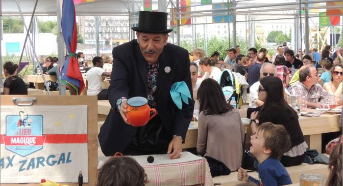 Animation de magie à la Cantine du Voyage à Nantes