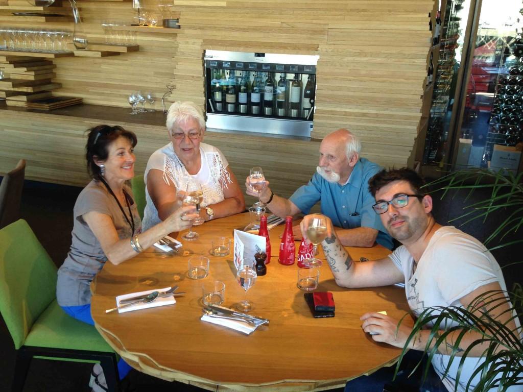 le-voyage-magique-2016-a-odeck-restaurant