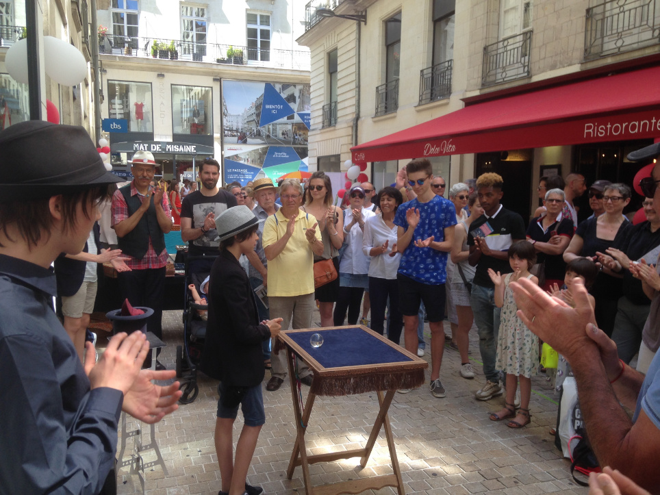 Tom Apprenti Magicien du Lieu Magique au centre ville de Nantes
